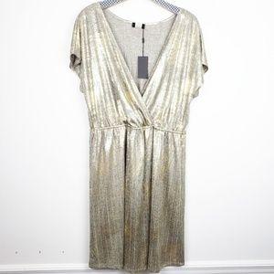 🚩 Espresso Plus distressed metalic wrap top dress
